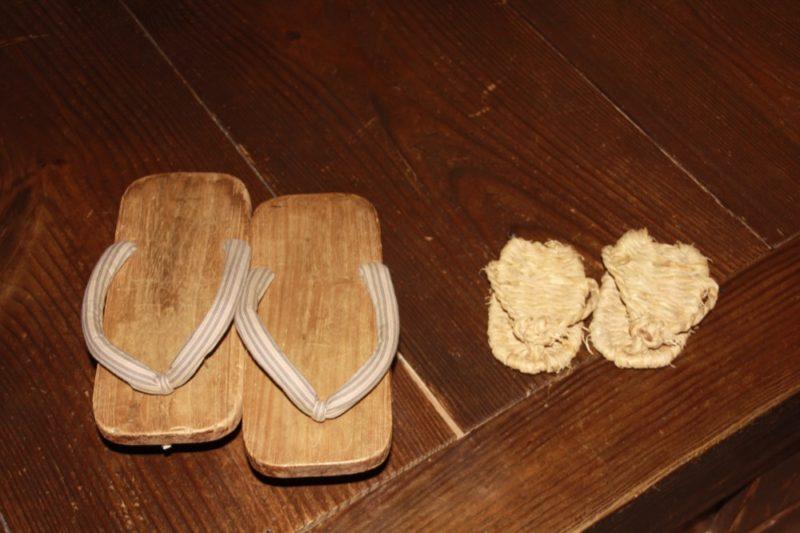 Les chaussures de l'époque Edo, visiter tokyo, vivre a tokyo