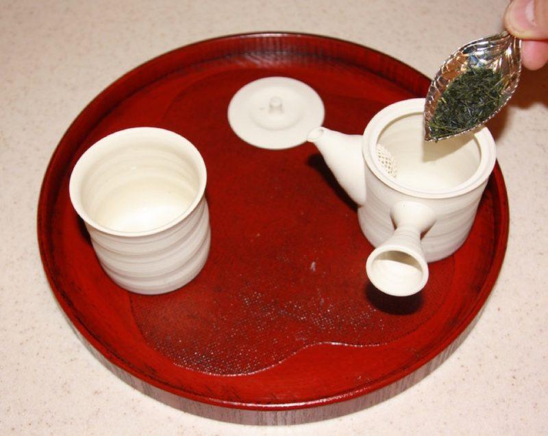 Etape 2 de la préparation du thé vert