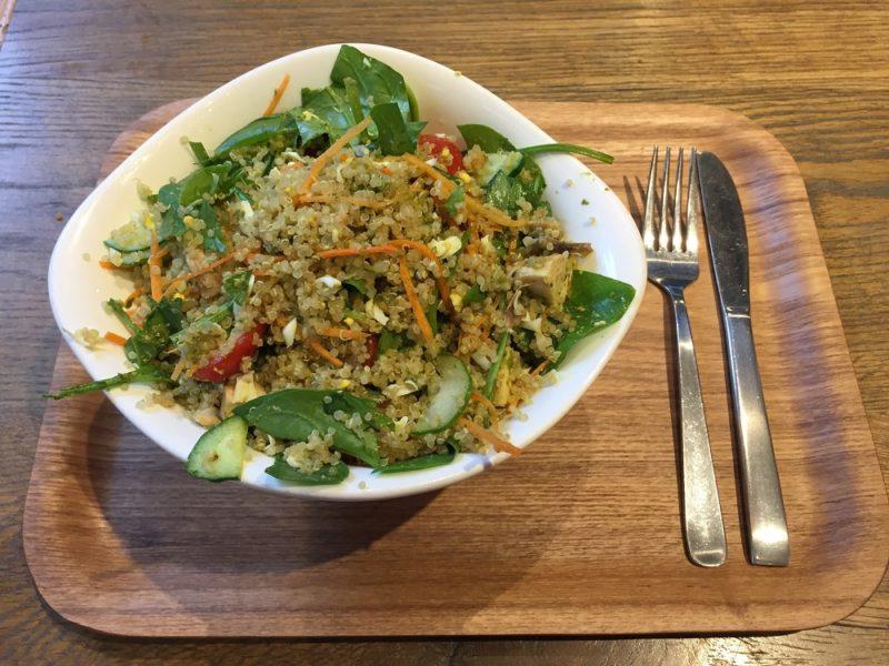 La salade dont vous êtes le héros chez Salad Stop! Omotesando ©VivreàTokyo.com