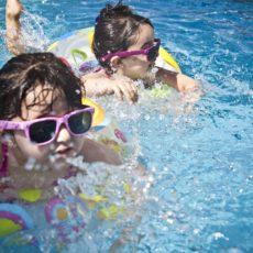 piscines extérieures tokyo, outdoor swimming pool tokyo, piscine pour enfant tokyo, baignade enfant tokyo, vivre a tokyo, expatriation tokyo, visiter tokyo