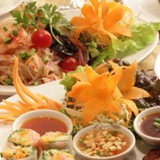 Les plats des restaurants Thai Garden et Bangkok Spice à Tokyo, Vie à Tokyo