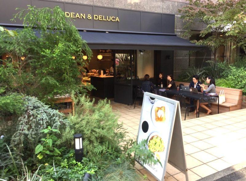 Le café Dean&Delucca à Azabu Juban, Vie à Tokyo