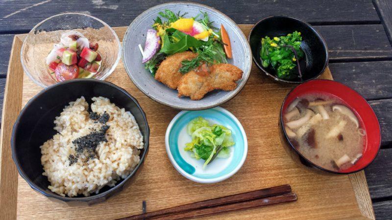 Brown Rice by Neal's Yard Remedies, Borwn rice omotesando, restaurants vegan, vegan à tokyo, restaurant tokyo, visiter tokyo, expatriation tokyo, vivre à tokyo
