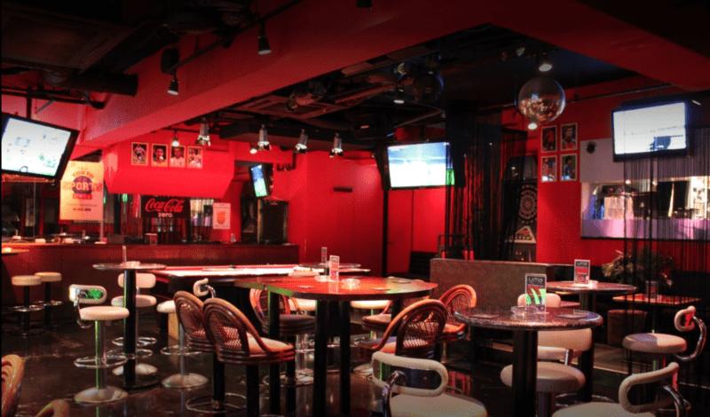Tokyo sports café ropppongi, sports bar tokyo, tokyo, expatriation tokyo, visiter tokyo, vivre a tokyo, coupe du monde de football 2018 tokyo