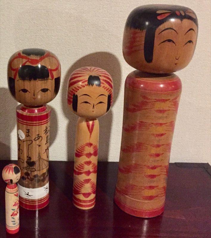 La kokeshi comme décoration, vivre à tokyo, expatriation à tokyo