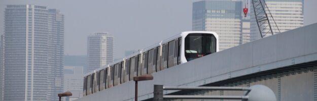 La ligne Yurikamome à Tokyo , Vivre à Tokyo, expatriation à Tokyo, visiter Tokyo et le Japon