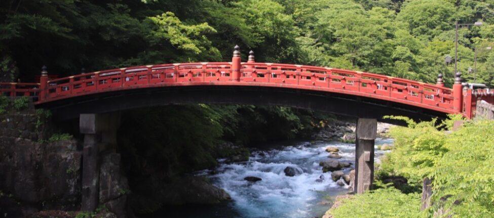 Nikko, pont rouge, vivre a tokyo, expatriation a tokyo, visiter le japon
