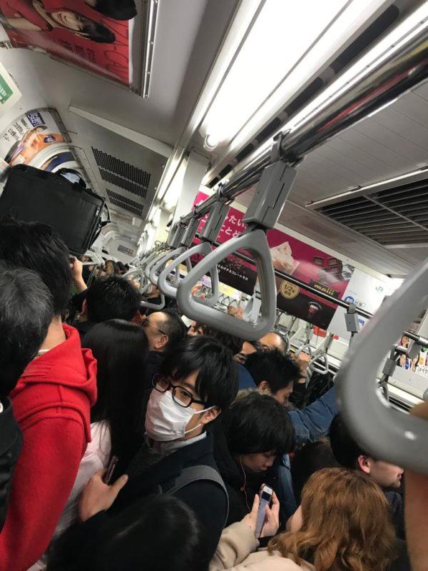 métro tokyo, rush hour subway tokyo, tokyo, tokyo skyline, shibuya, ropppongi hills, tokyo city view, tokyo, vivre a tokyo, expatriation japon, français a tokyo