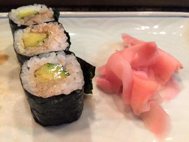 sushi à tokyo, maki, manger des sushi a tokyo, sushi japon, sushi, maki, restaurant de sushi tokyo, vivre a tokyo, français a tokyo