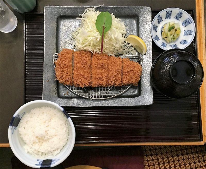 tonkatsu, cuisine japonaise, plats typiques japonais, tempura, soba, tofu, sashimi, vivre a tokyo, restaurant à tokyo, français à tokyo