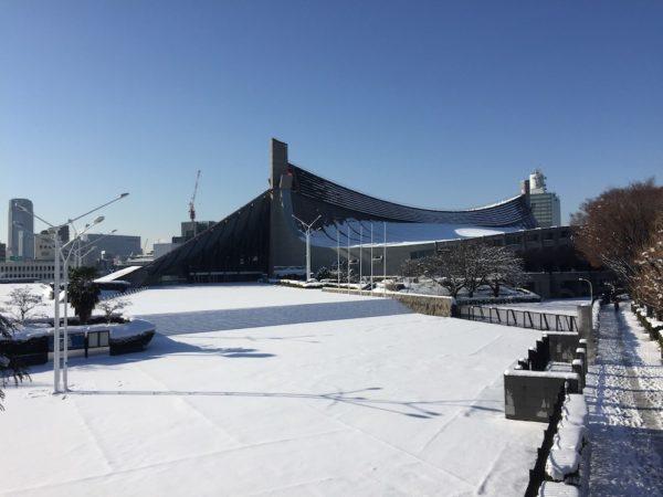 tokyo-stade-yoyogi-neige