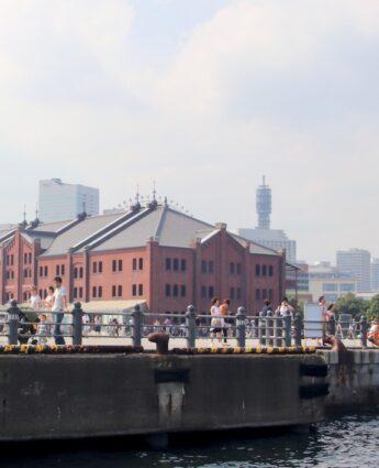 Les quais de la ville de Yokohama et les maisons en brique rouge, visiter tokyo, visiter Yokohama, vivre a tokyo, excursion
