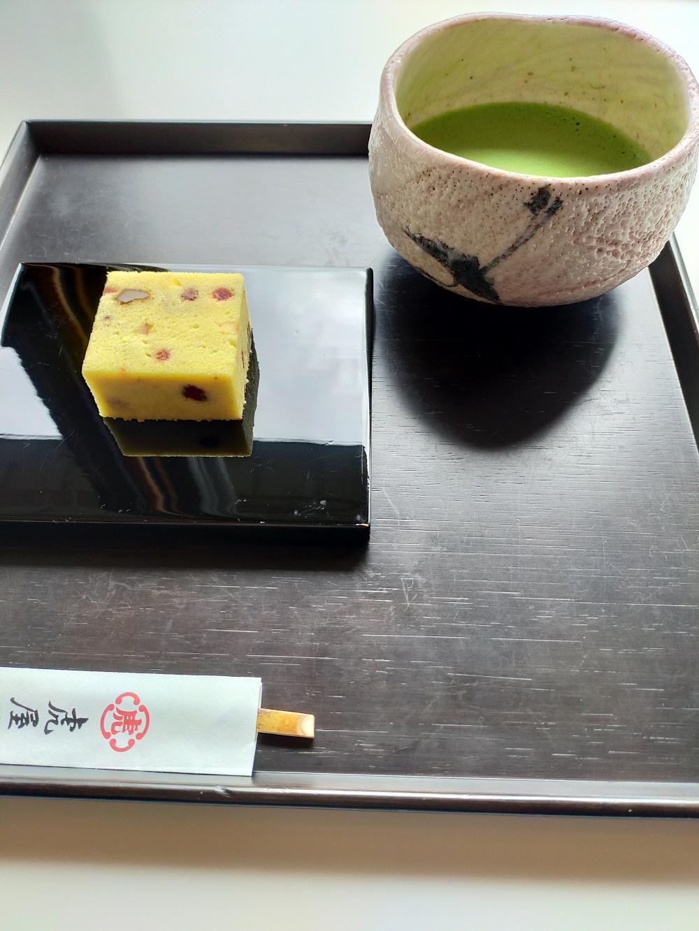 matcha et wagashi, vivre à tokyo, toraya
