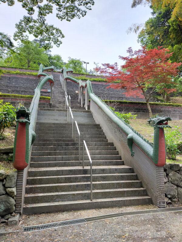 escalier aux dragons du temple Konjoin