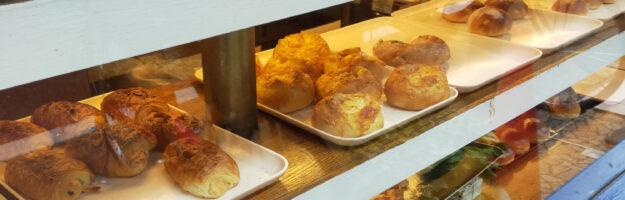 vitrine de boulangerie à Tokyo
