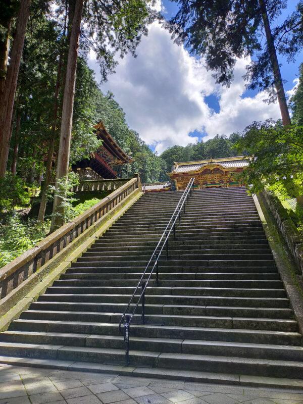 escalier temple Taiyuin Nikko